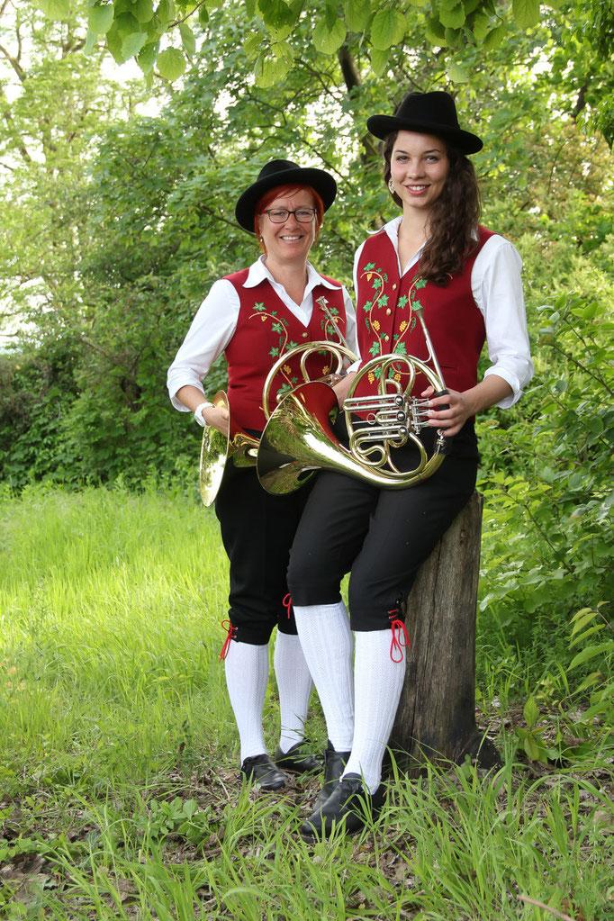 HORN:  Michaela Knöpfler, Julia Isele