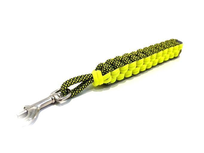 Neon Yellow Diamonds / Neon Yellow