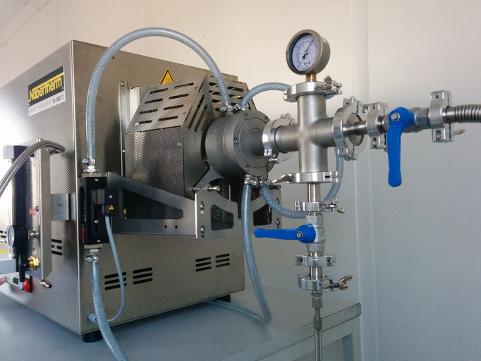 Rohrofen 1.500°C mit Vakuum- und Begasungseinrichtung