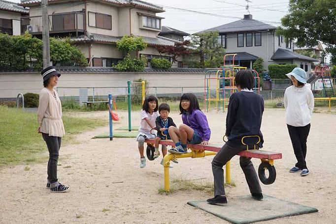 礼拝後の公園遊び。