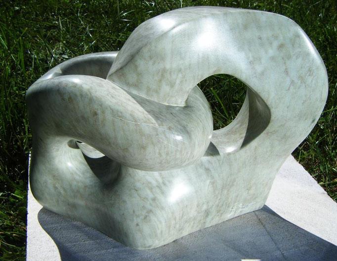 alliance (marbre doux 10x18x20cm)