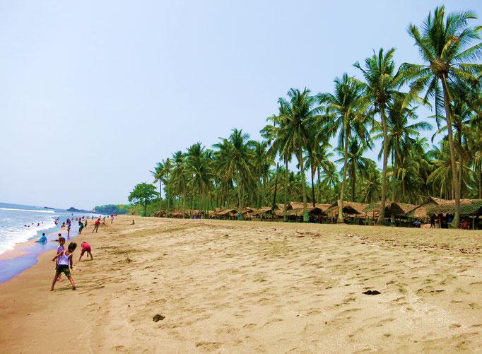 Am Strand von Senggigi