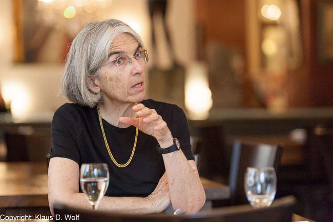 Fotojournalist München: Donna Leon. Presseportrait für VIA Magazin (SBB)