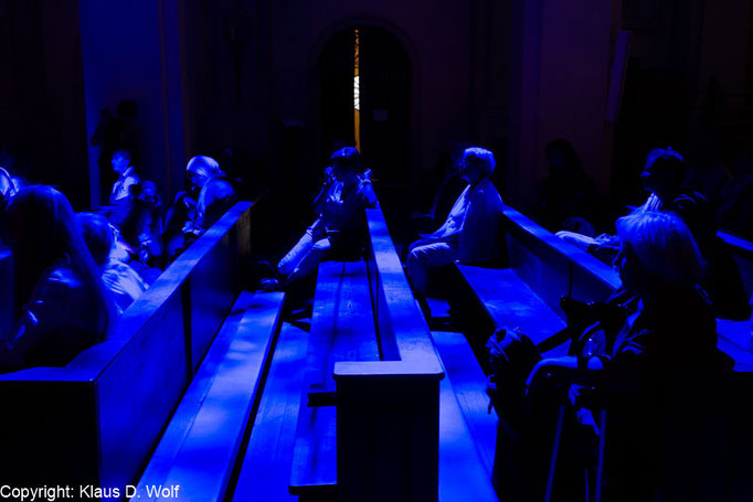 Michael Pendry, Clouds 2015, Installation in der Kirche Heilig Geist, München, Fotograf: Klaus D. Wolf