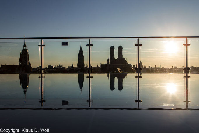 Dachterrasse der Mandarin Oriental, München. Veranstaltunsfotografie bei einem Empfang einer EU-Delegation