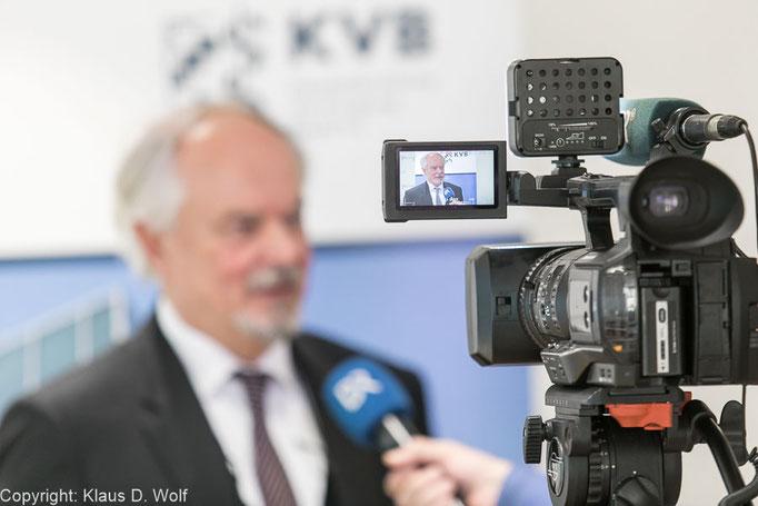Fotojournalist München, Jahrespressekonferenz der KVB, PresseClub, München