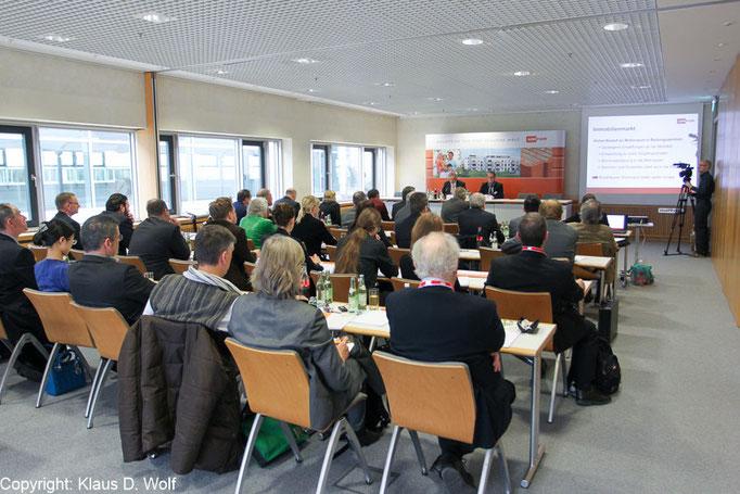 Pressefotograf München, Unipor Jahrespressekonferenz, Messe BAU, München
