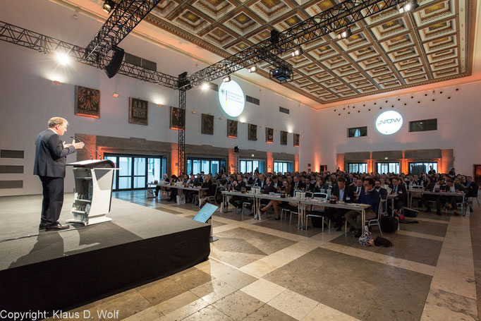 Veranstaltungfotografie, Fachkonferenz Elektromobilität des Bundesverkehrsministeriums, Wappenhalle, München