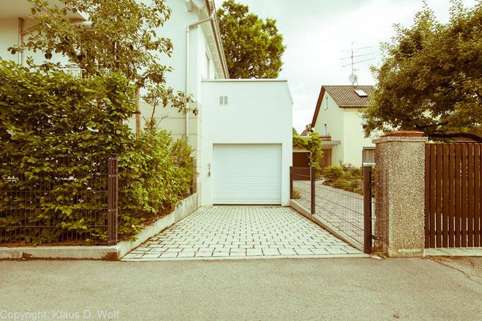 """Fotoserie """"1200 Garagen Menzing"""", Fotograf: Klaus D. Wolf, München"""