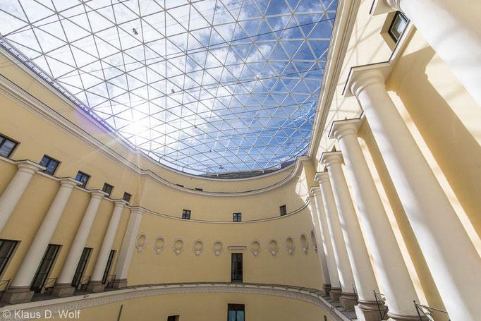 Architekturfotograf München, überdachter Innenhof, ehemaliges Odeon