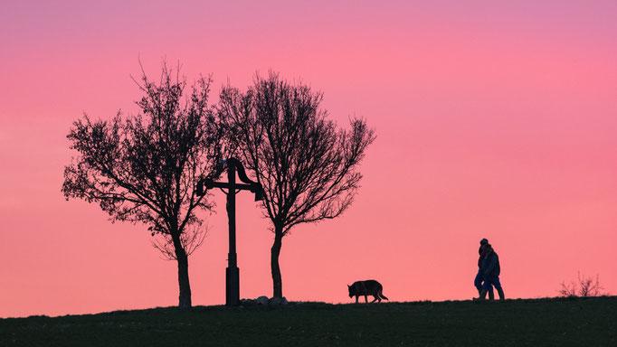 Sonnenuntergang...die Bauern machen sich nach getaner Arbeit auf den Heimweg