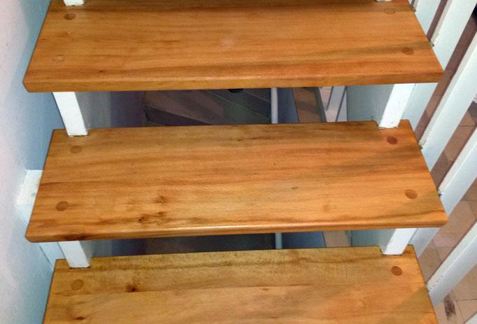 Buche, Treppe geölt