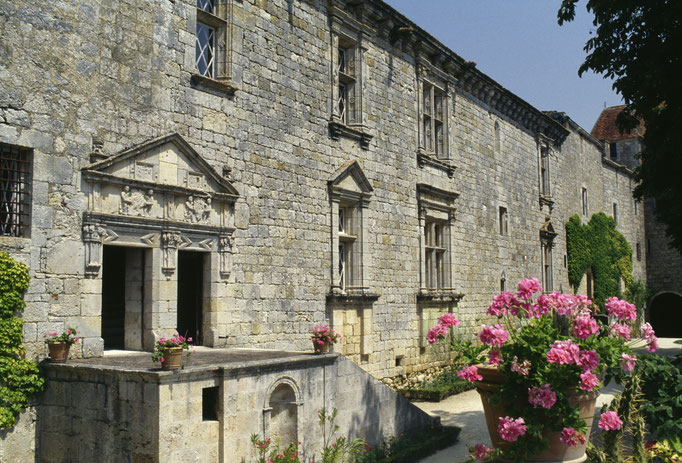 Château de Gramont, logis Renaissance, façade sud  Cote du cliché : ALC83-1271