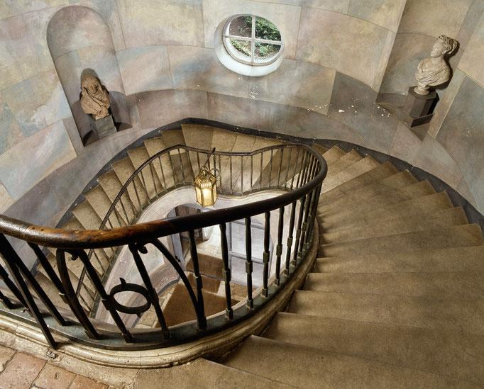 Maison de George Sand, grand escalier, CMN_alc87_2355.jpg
