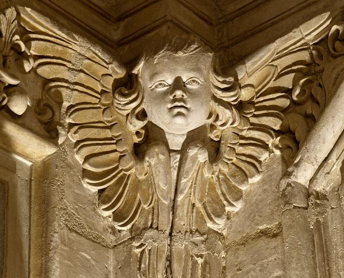 Château de Carrouges, chapitre, chapelle, détail de sculpture