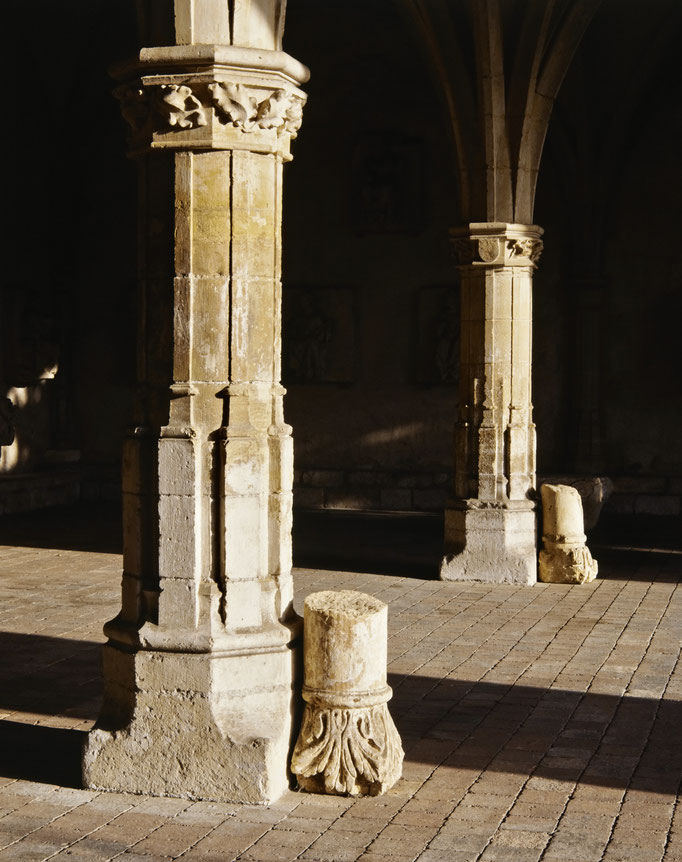 Abbaye de Charroux, salle capitulaire