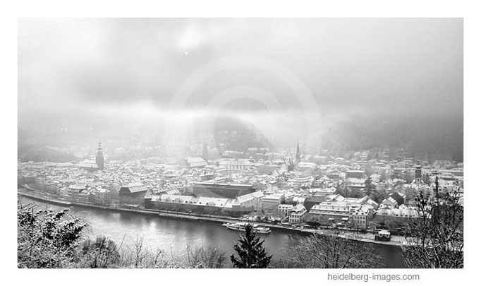 Archiv-Nr. h2013105 | Schneewolken über Heidelberg