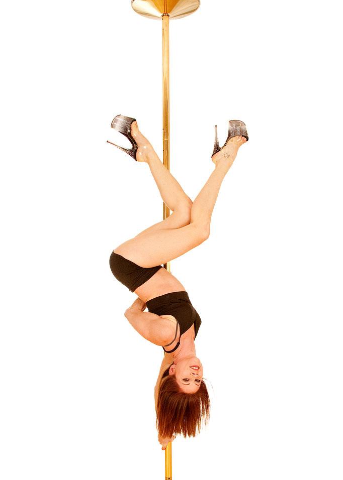 Polepoint - Zuzana Wiedemann - Extreme Moves