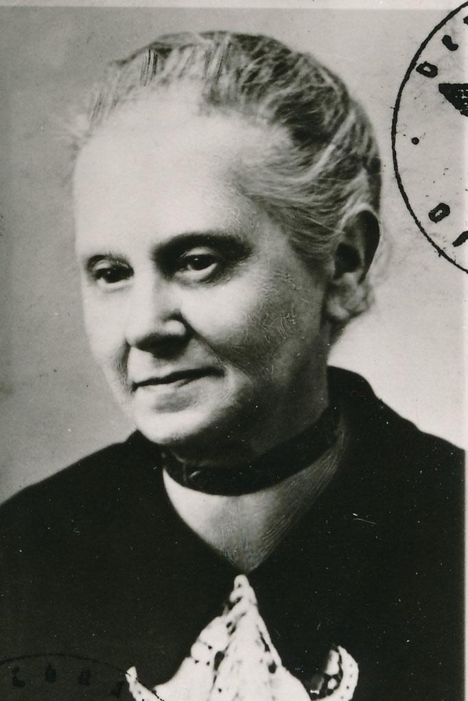 Adler Sophie