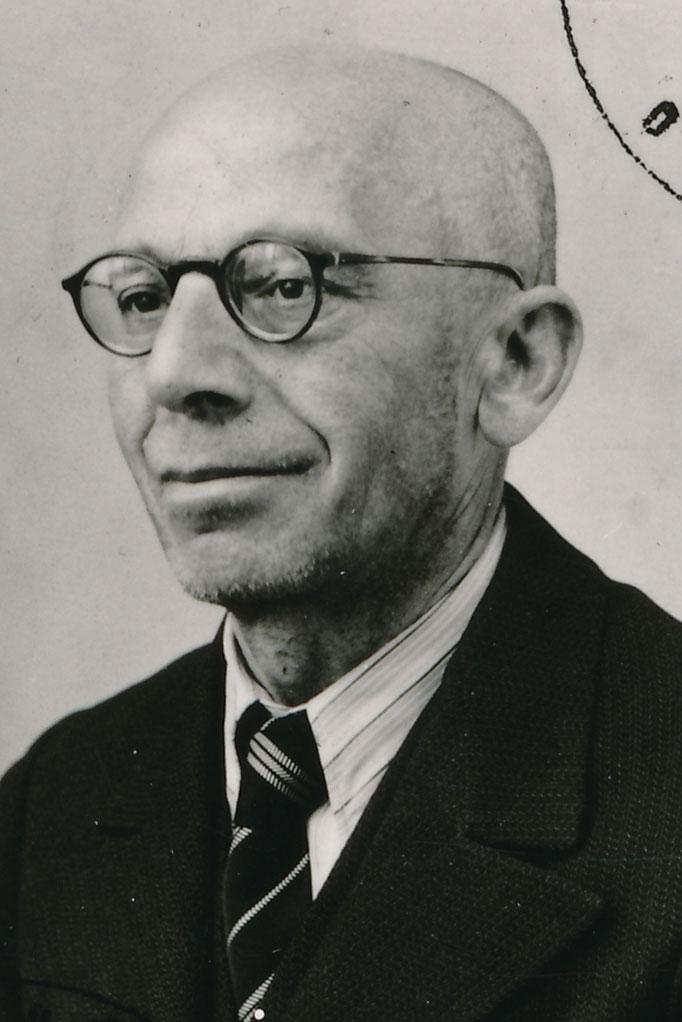 Kahn Theodor