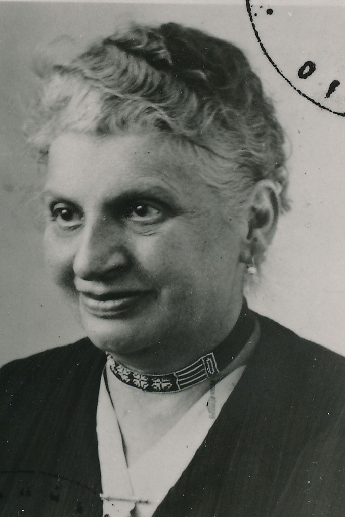 Bloch Emma