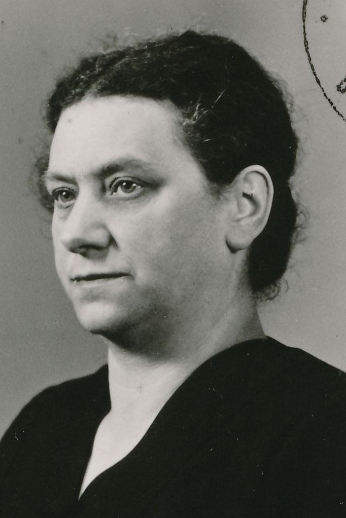 Kahn Berta