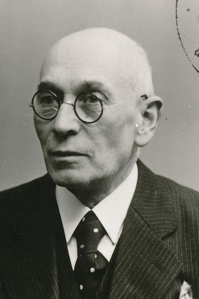 Kahn Bernhard