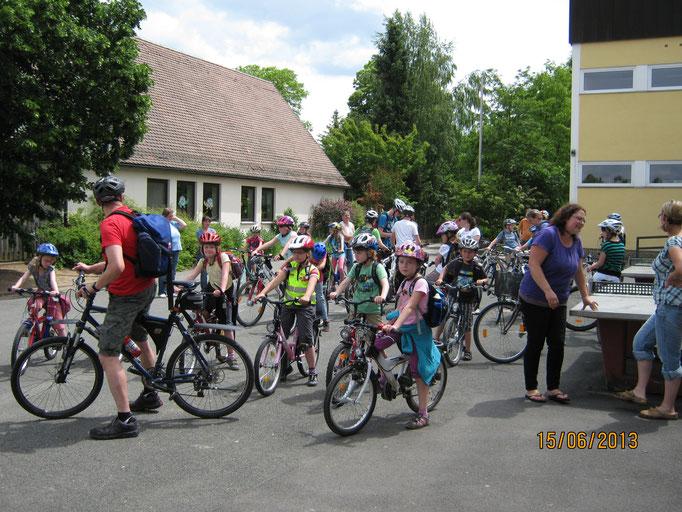 Fahrradtour zur Binghöhle