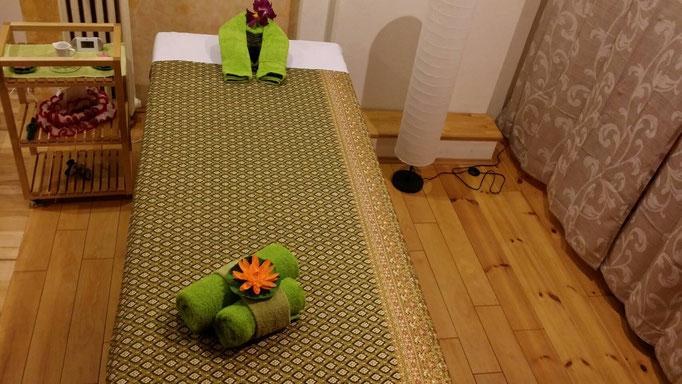 Massagebett Aromaöl Massage