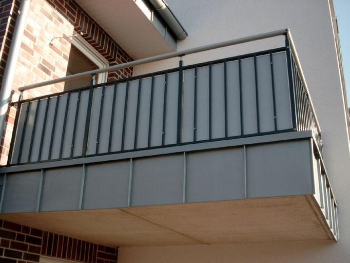 Balkone & Fenstergitter / Französische Balkone