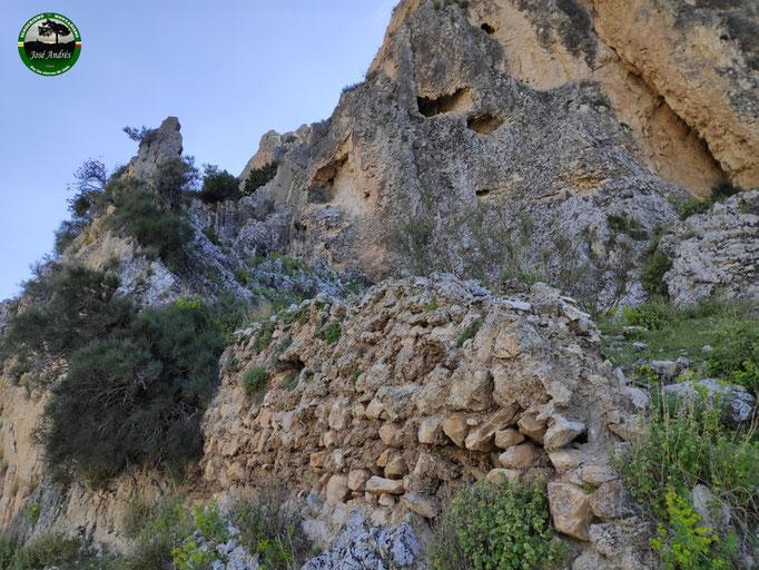 Ruinas del viejo castillo de Peñaflor