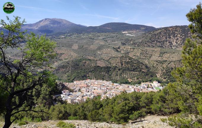 Vistas a Torres desde la vieja senda del cerro de la Vieja.
