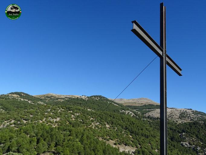 Cruz de los Tetainos
