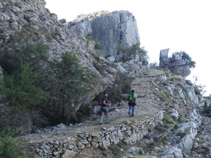Viejo camino de herradura que nos sube al Puerto Gilillo
