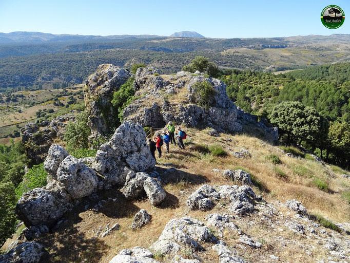 Mirador del Castellón y cruz de los Tetainos