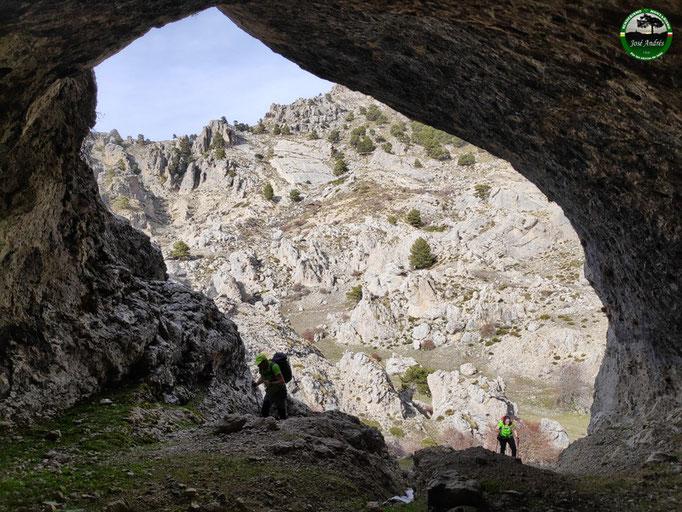 Cueva en Puerto Lezar