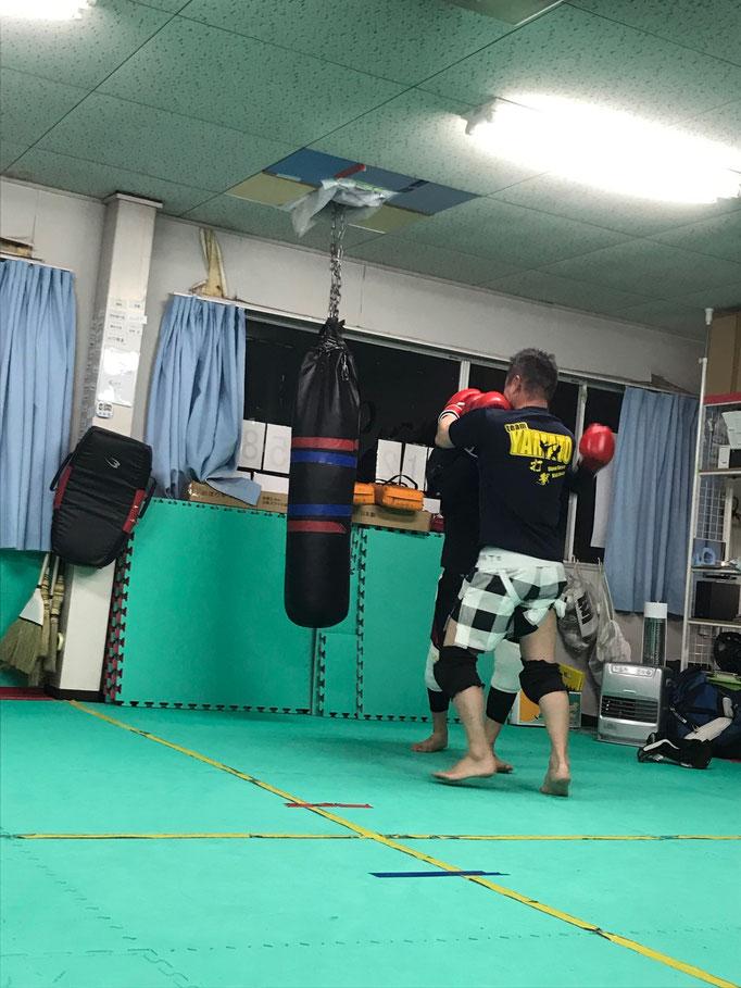 奈良県大和高田市のteamYAMATOでは首相撲もしています。