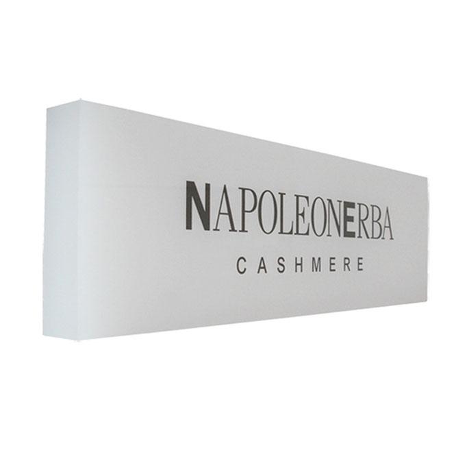 targhetta plexiglass bianco opal  personalizzazione un colore