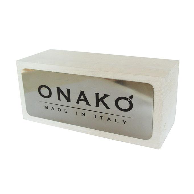 targhetta ONAKO' in legno sbiancato e acciaio specchiato personalizzato