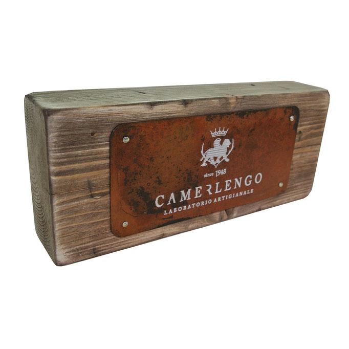 targhetta CAMERLENGO in legno trattato e metallo personalizzato