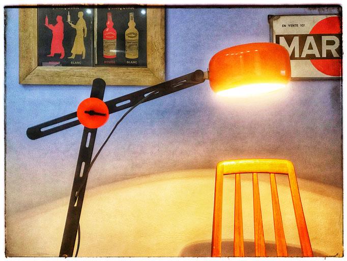 Architektenlampe aus den 1970er Jahren mit Gelenkarmen. Praktisch.