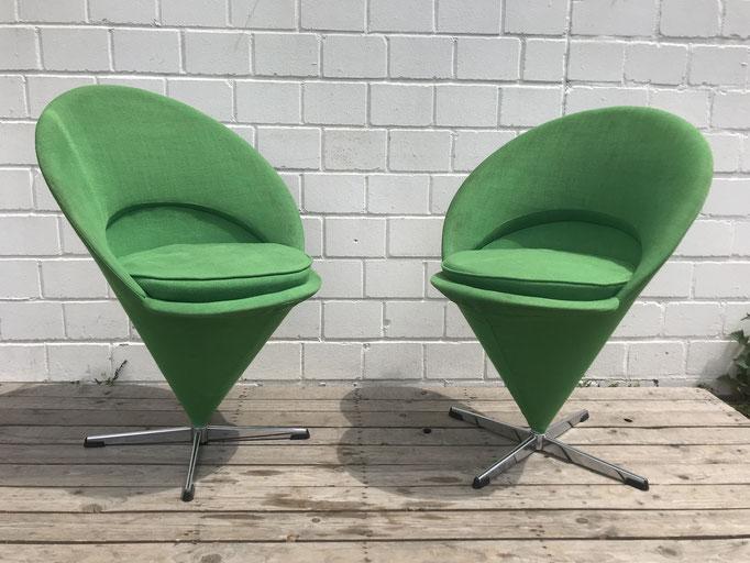 Midcentury green Cone Chairs von Verner Panton