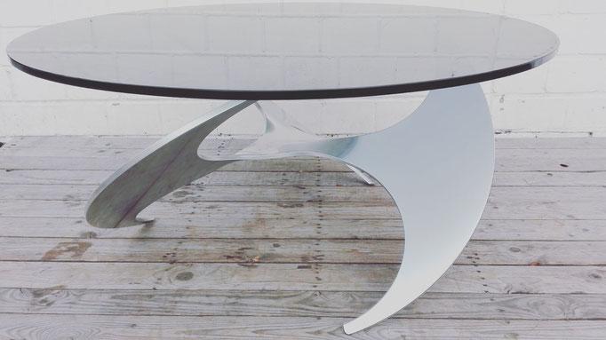 Propeller Tisch von Kunst Hesterberg, Entwurf 1964. Hersteller: Ronald Schmitt