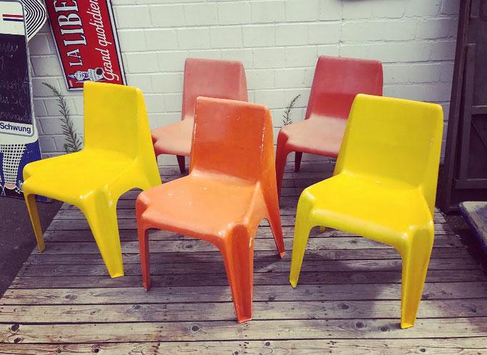 Bofinger BA 1171 Stühle. Pop Art für den Garten.