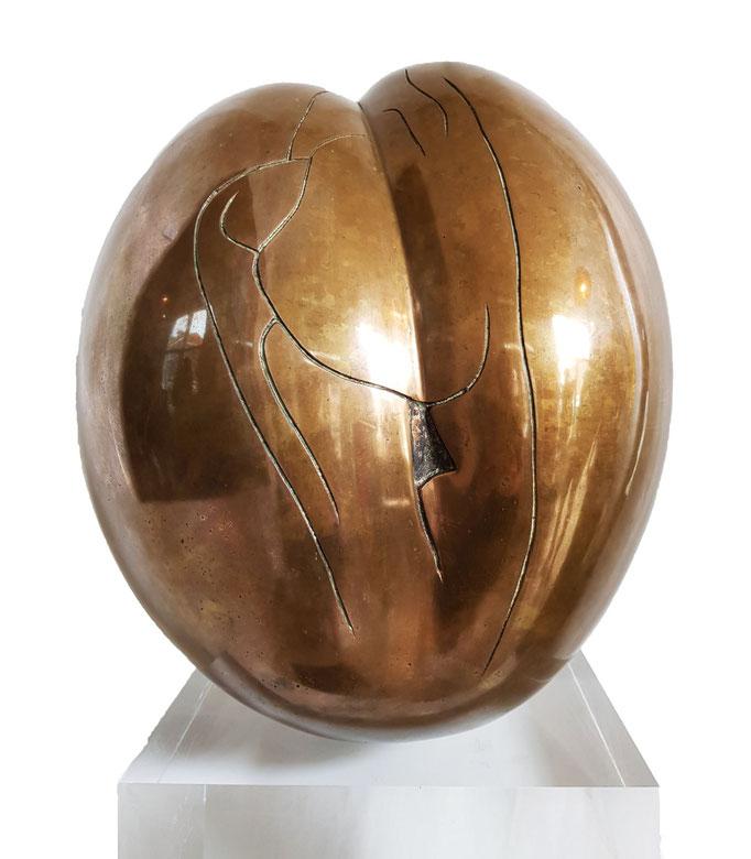 Ton Voortman, Vruchtvlees, bronze, 50x32 cm