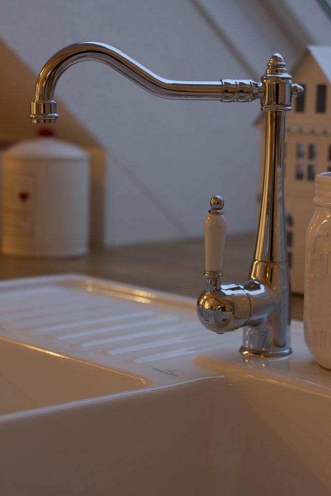 Vintage-Wasserhahn von Amazon, Waschbecken: Villeroy&Boch