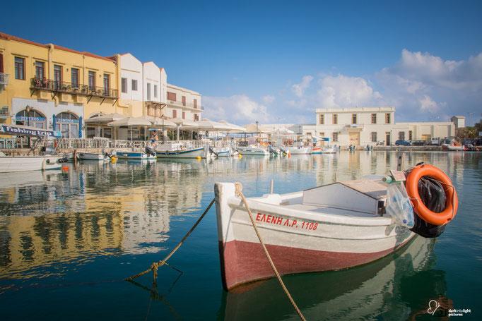 Fischerboot im venzeinischen Hafen von Rethymnon