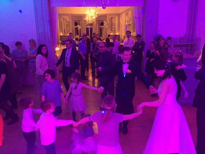 Hochzeits DJ im schönen Teutschental. Toll wars :)