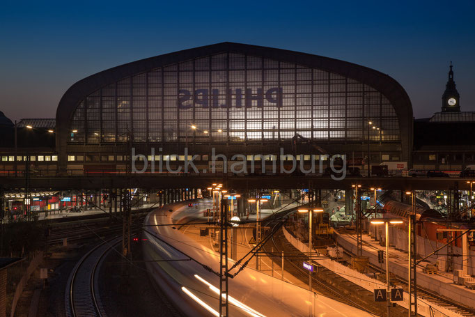 Hauptbahnhof 2