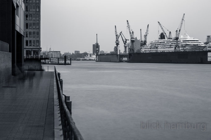 Hamburg Cruise Center Altona 1